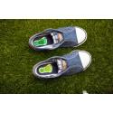 etiquette-autocollant-design-specifique-pied-moyen-format-chaussure-tennis